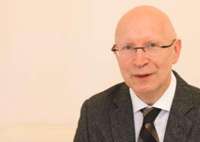 Prof. Dr. Hartmut Schröder